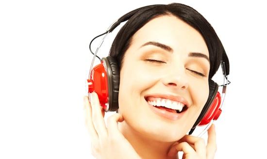 Aumenta o som! Top 5: músicas para levantar a autoestima